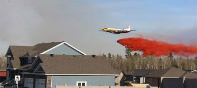 Fort McMurray Inferno : Help From Russian Water Bomber Planes